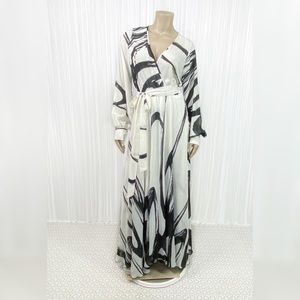 Black and White Flowy Maxi Dress Large